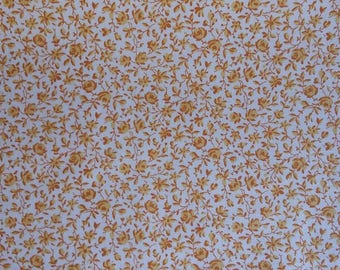 Makower Andover flower floral yellow and orange 100% cotton fabric 44 inch / 110cm floral
