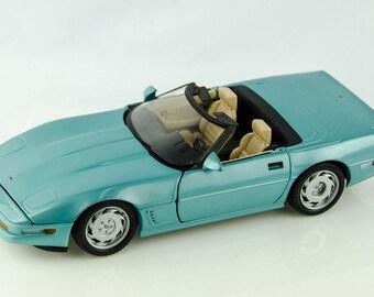 Rare Teal Blue Maisto 1996 Chevrolet C5 Convertible 1/18 Scale Diecast Model Car