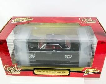 Ultra Rare - Johnny Lightning Gold Series 1964 Chevrolet Impala SS 1/24 Diecast