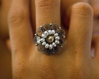 Mexican Filigrana Silver Ring with freshwater pearls - handmade