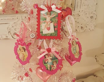 Vintage Valentine Ornaments Red and Pink Heart Tags Shabby Chic Pink Frame Ornaments Red Hearts Pink Love Valentine Hangers Set of Four