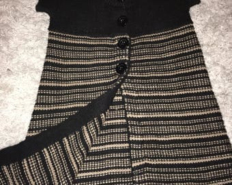 BCBG Maxazria Size XL Sweater Black and Brown stripes Sleeveless