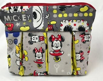 Minnie Mouse Zipper Pouch with Pleats