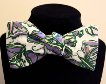 Butterfly Self Tie Bowtie