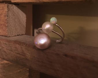 Sterling Silver Adjustable 3 prong ring with Opal and freshwater white and mauve pearls