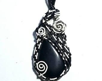 Onyx wire woven pendant