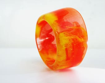 Orange&yellow resin bangle
