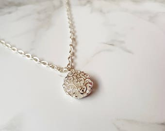 Silver Plated Filigree Round Pendant Necklace