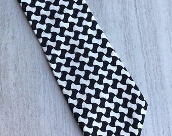 Vintage EXECUTIVE SILKS Black and White Retro Pattern Men's Tie