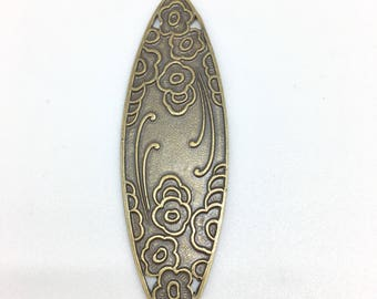 Oval plate with engraved floral motifs