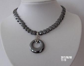 Short trendy hematite necklace with pendant