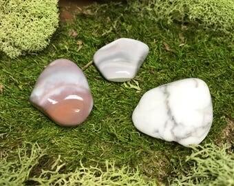 2 Agate & 1 Howlite Crystal