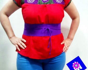 S-M hand embroidered Mexican Blouse with belt!