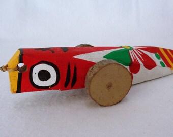 VJ36 : Vintage japanese wooden Kiji-Kuruma ,folk art toy