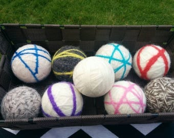 Dryer Balls white with colors