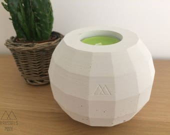 Large white spherical concrete tealight / set of 1