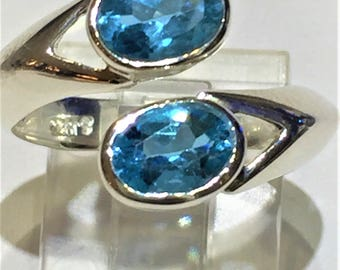 Blue topaz ring set in sterling silver 925