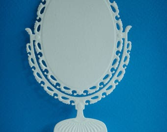 Cut mirror to create white drawing paper
