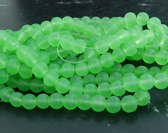 20 green frosted glass beads