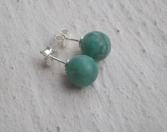 Agate green 10 mm Stud Earrings
