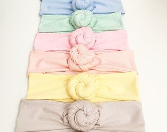 Headbands / flowers stretch Jersey knot headbands slightly glitter for the small and large.