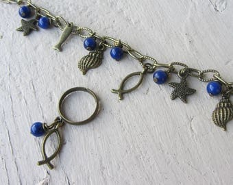 """Set bracelet and ring """"sea"""" theme, chain and charms fish, shell in brass and lapis lazuli blue gemstone beads"""
