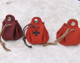 Completely handmade leather coin purse-
