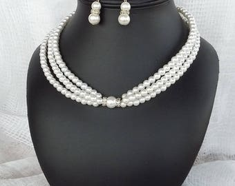 MARGAUX Pearl Necklace in White Pearl
