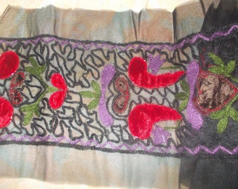 1 m braid embroidered with seed beads on flowers velvet 14 cm in width