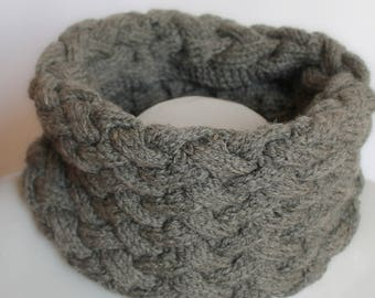charcoal gray neck braided cable