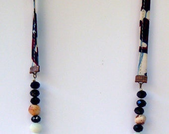 Long necklace faceted glass beads and fabric: black and white