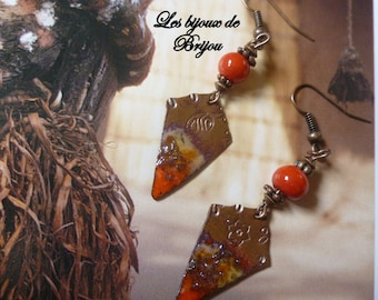 Elegant earrings made of enameled copper and Czech glass beads
