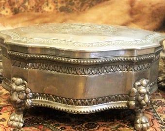 Vintage Silver Plated Jewelry Box (Honi Pense Dieu Et Mon Droit)