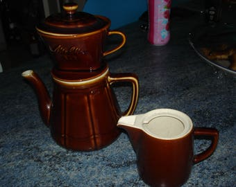 MELITTA coffee pot with very good condition milk pitcher