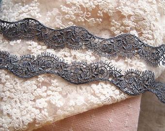 very beautiful 2.6 cm grey color guipure lace trim
