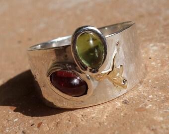 Ring silver and gold, Garnet, peridot ring, woman, girl, ring, sterling silver ring ring ring, Garnet ring, peridot ring.