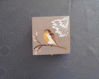 Brown hand painted wooden jewelry box
