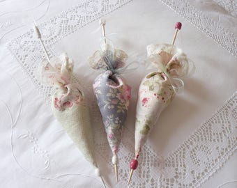 "three umbrellas filled with lavender """" decor shabby decor"""""