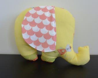 Doudou Eléphant avec grandes oreilles