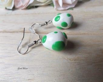 Drop earrings Yoshi's egg Mario, colors green