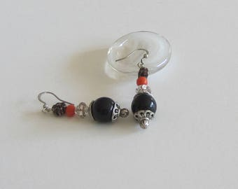 Earrings black beads and coral beads, silver