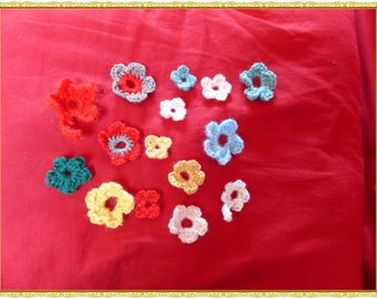 set of two crocheted flowers