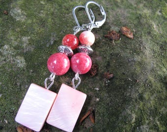 Mother of Pearl rose and strawberry agate earrings