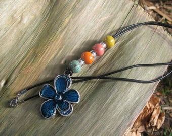Antique and blue enamel flower pendant beads necklace