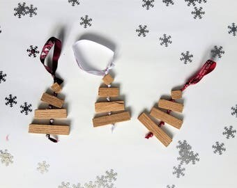 Set of 3 ornaments / Christmas tree made of wood