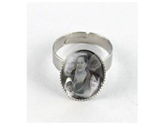 ring oval glass cabochon, personal photo