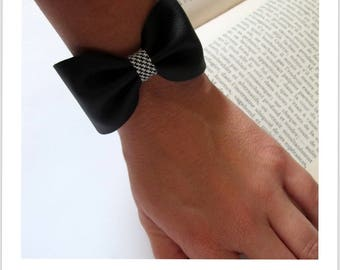 black and white fabric black leather knot bracelet