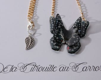 Butterfly Necklace 3D flying, black