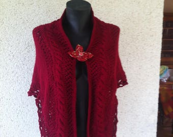 Burgundy shawl very covering acrylic