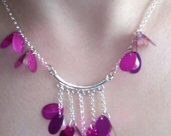 "necklace ""Gabriella"" MULTISTRAND fuchsia hair clip"